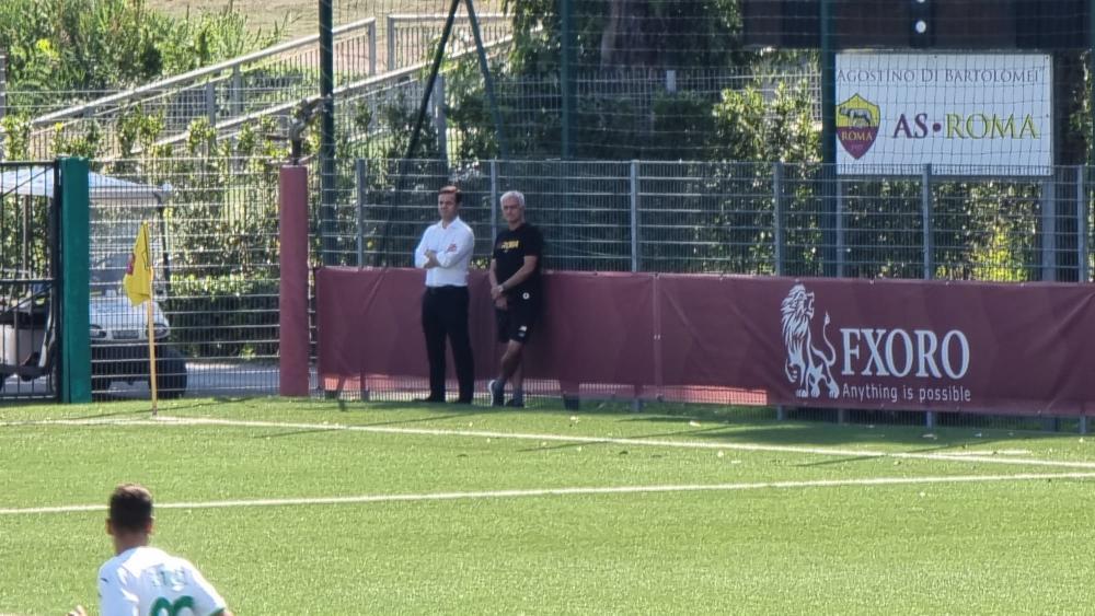 José Mourinho a bordocampo ad assistere a Roma-Sassuolo del Campionato Primavera